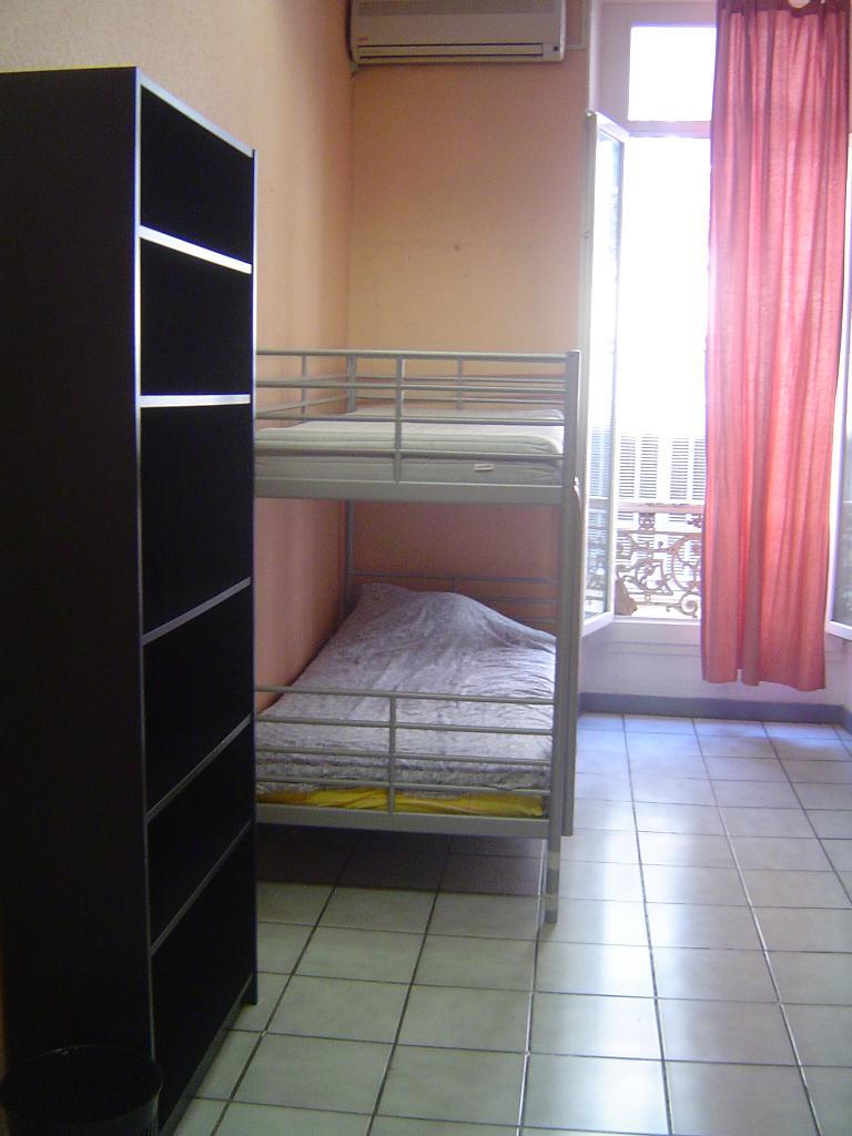 Location particulier, chambre, de 16m² à Marseille 01