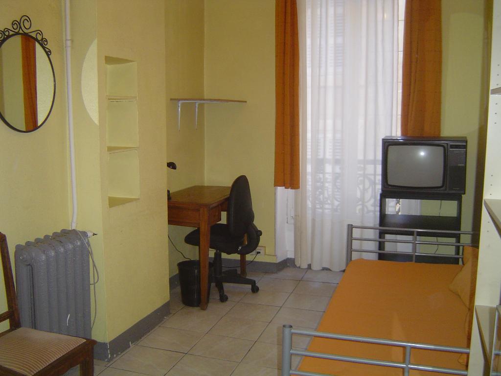 Location appartement par particulier, studio, de 40m² à Marseille 01