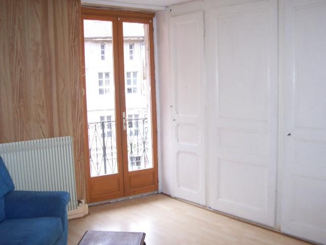 Location appartement T2 St Claude - Photo 3