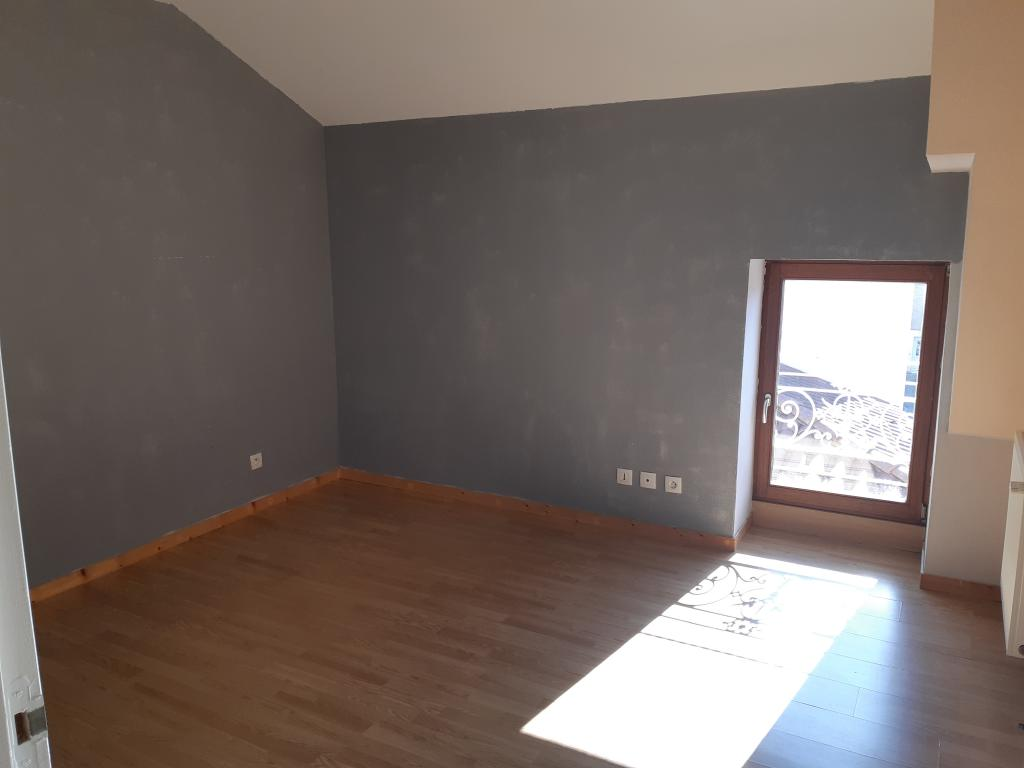 Location appartement T4 Sury le Comtal - Photo 3