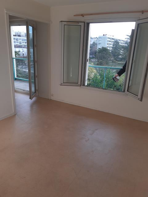 Location appartement T4 Angouleme - Photo 2