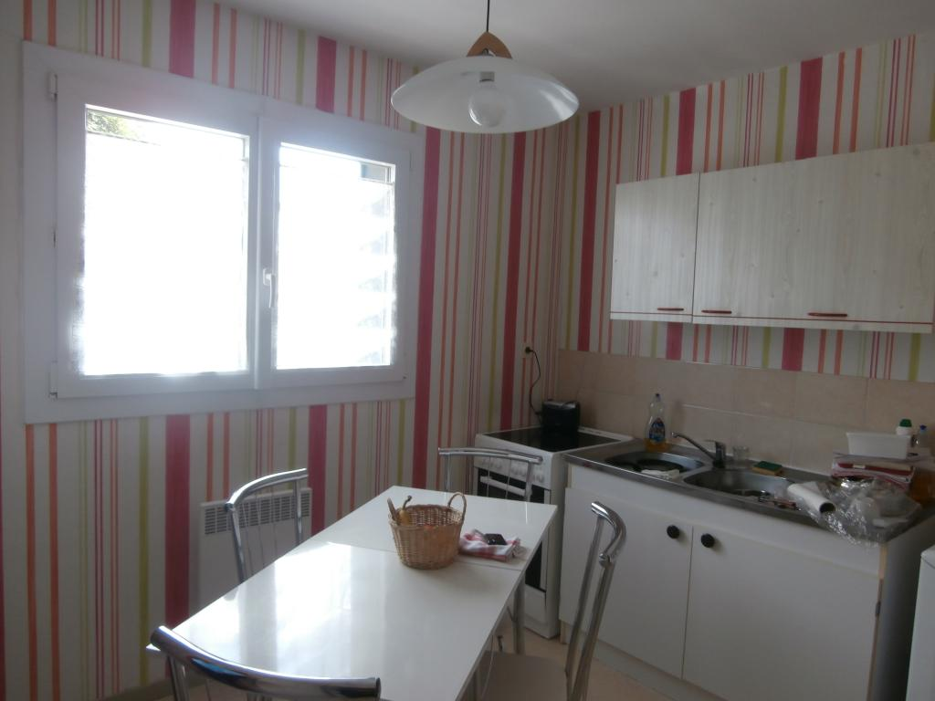 Location appartement T1 Charleville Mezieres - Photo 2