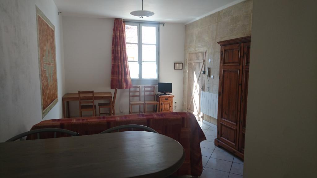 Location appartement entre particulier Arles, studio de 26m²