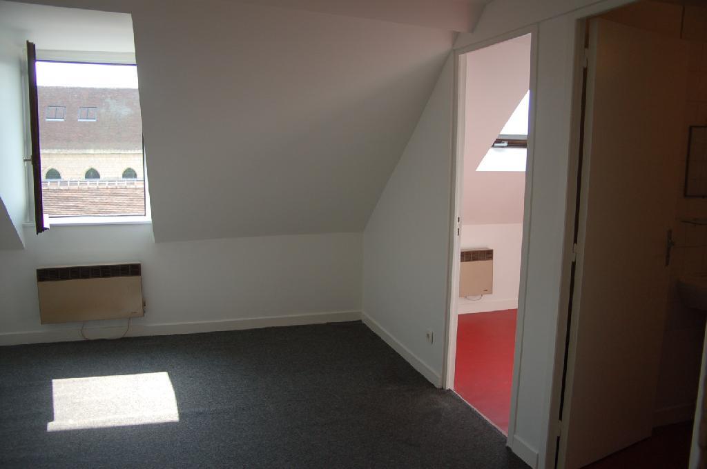 De particulier à particulier, appartement, de 24m² à Clairoix