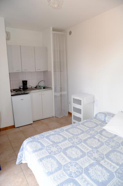 Location appartement T1 Marseille 13 - Photo 1