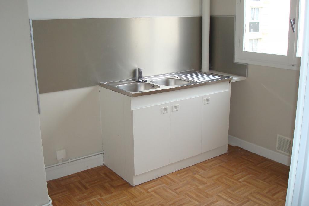 Location de particulier à particulier à Vaux-le-Pénil, appartement appartement de 42m²