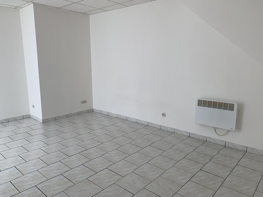 Particulier location, studio, de 40m² à Remaucourt