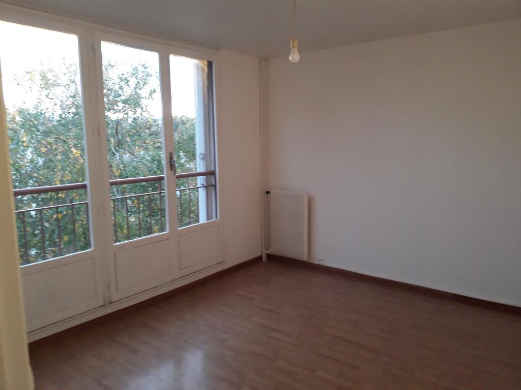 Location immobilière par particulier, Rosny-sous-Bois, type studio, 27m²