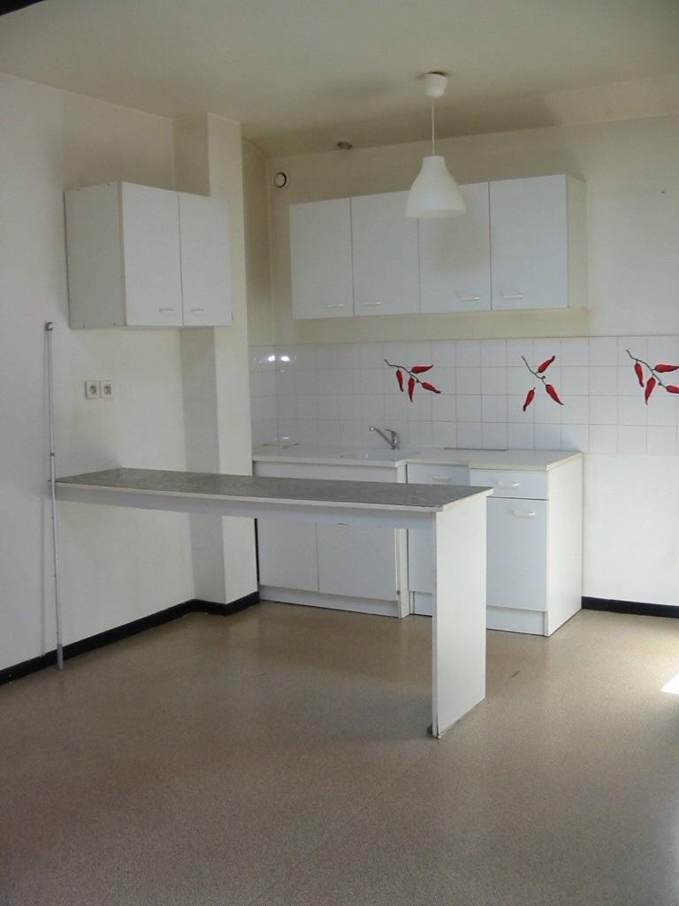 Location appartement par particulier, studio, de 30m² à Montélimar