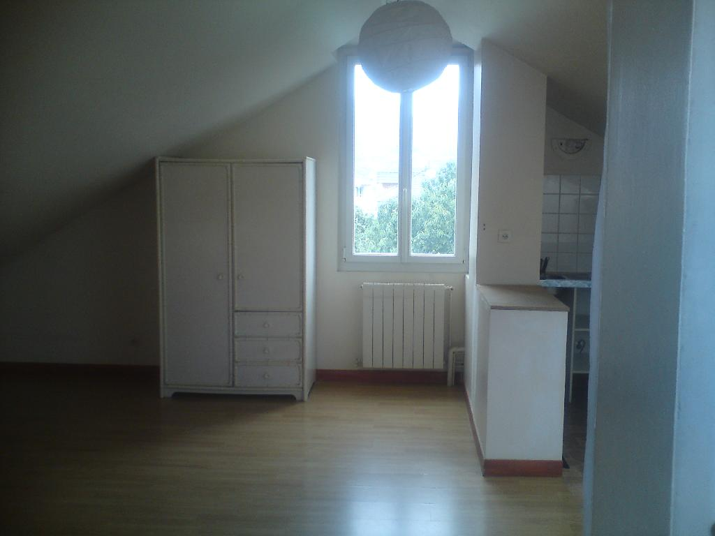 Location maison F6 St Martin d'Heres - Photo 4