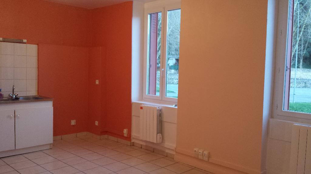 Location immobilière par particulier, Serpaize, type appartement, 37m²