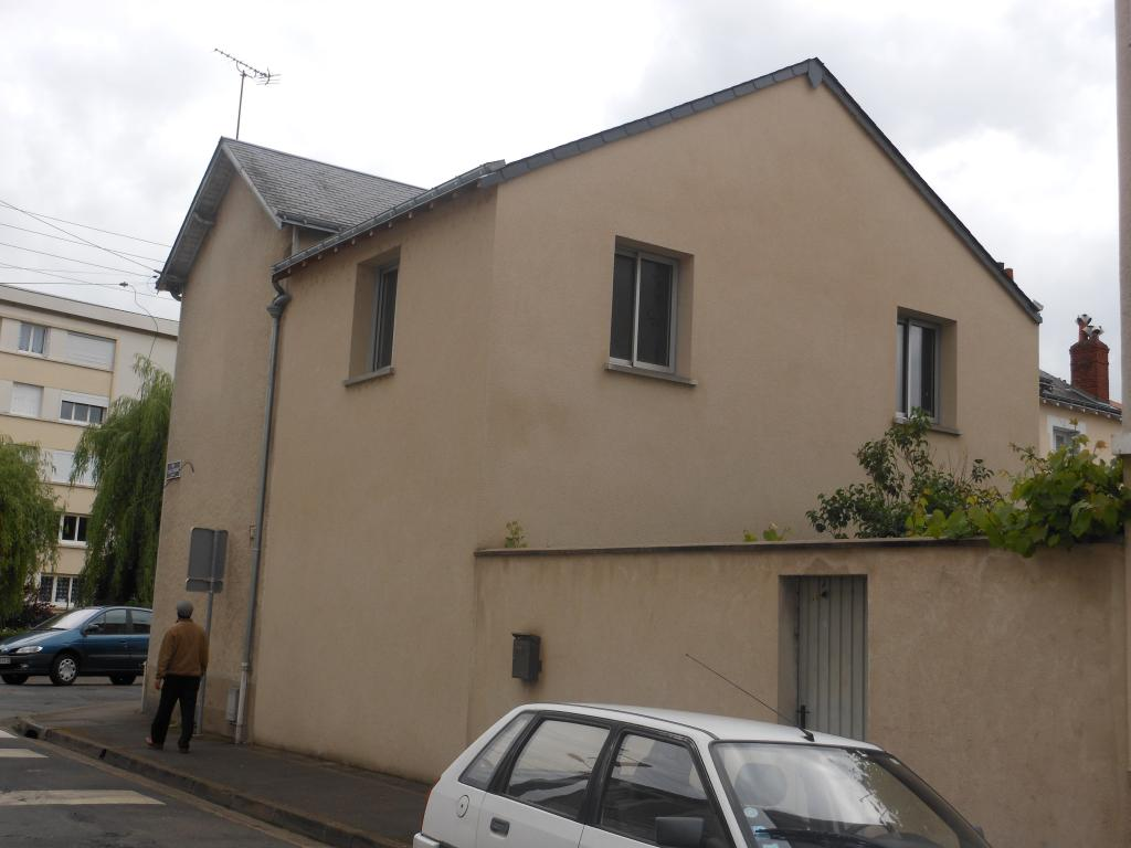 Location maison F4 Tours - Photo 1