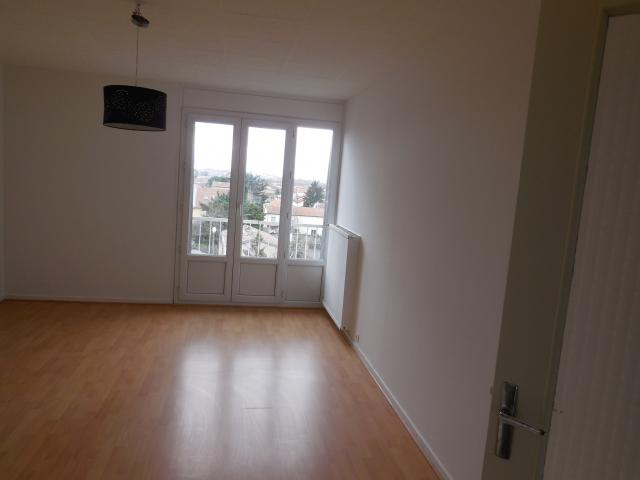 Location appartement T4 Bourg les Valence - Photo 2