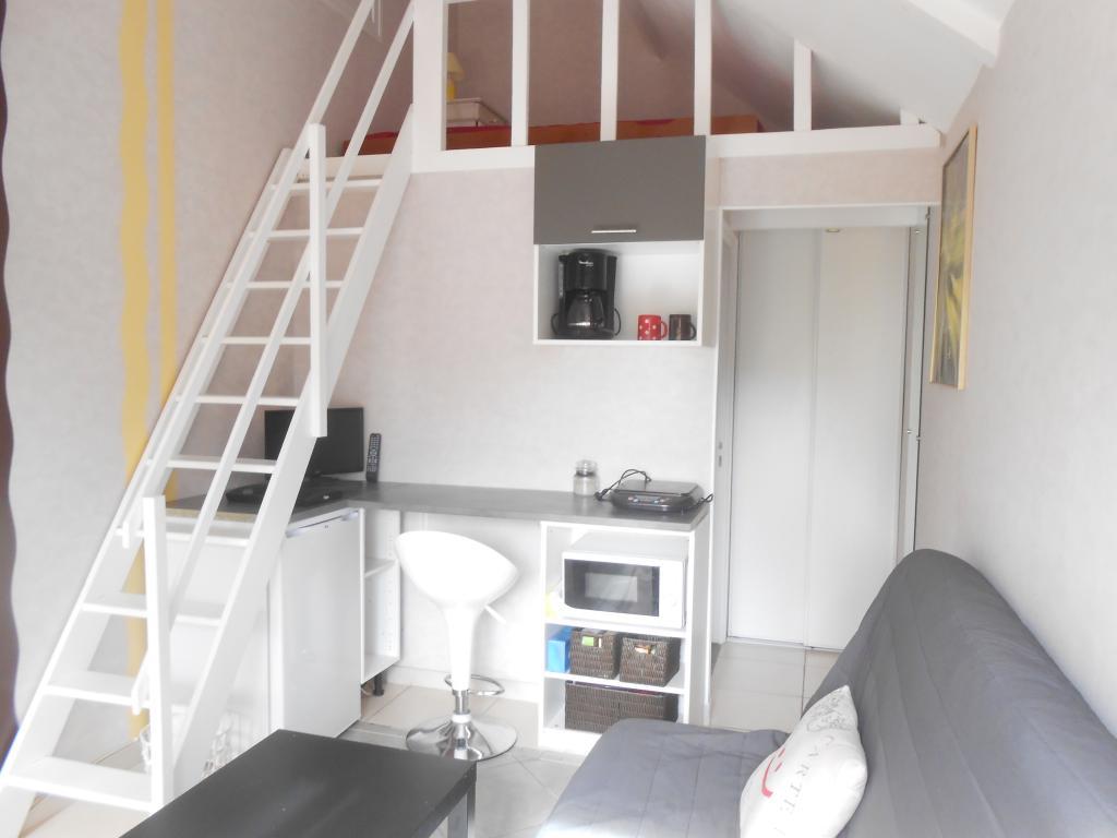 De particulier à particulier Bourges, appartement chambre de 19m²