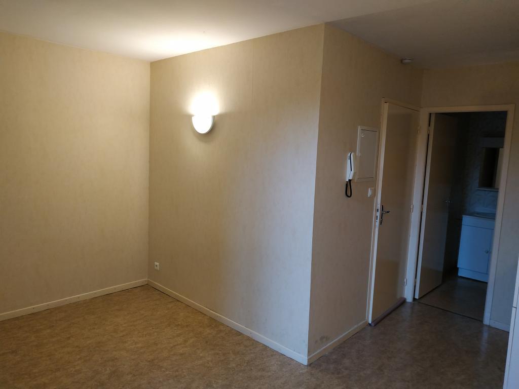 Location appartement entre particulier Albi, studio de 17m²