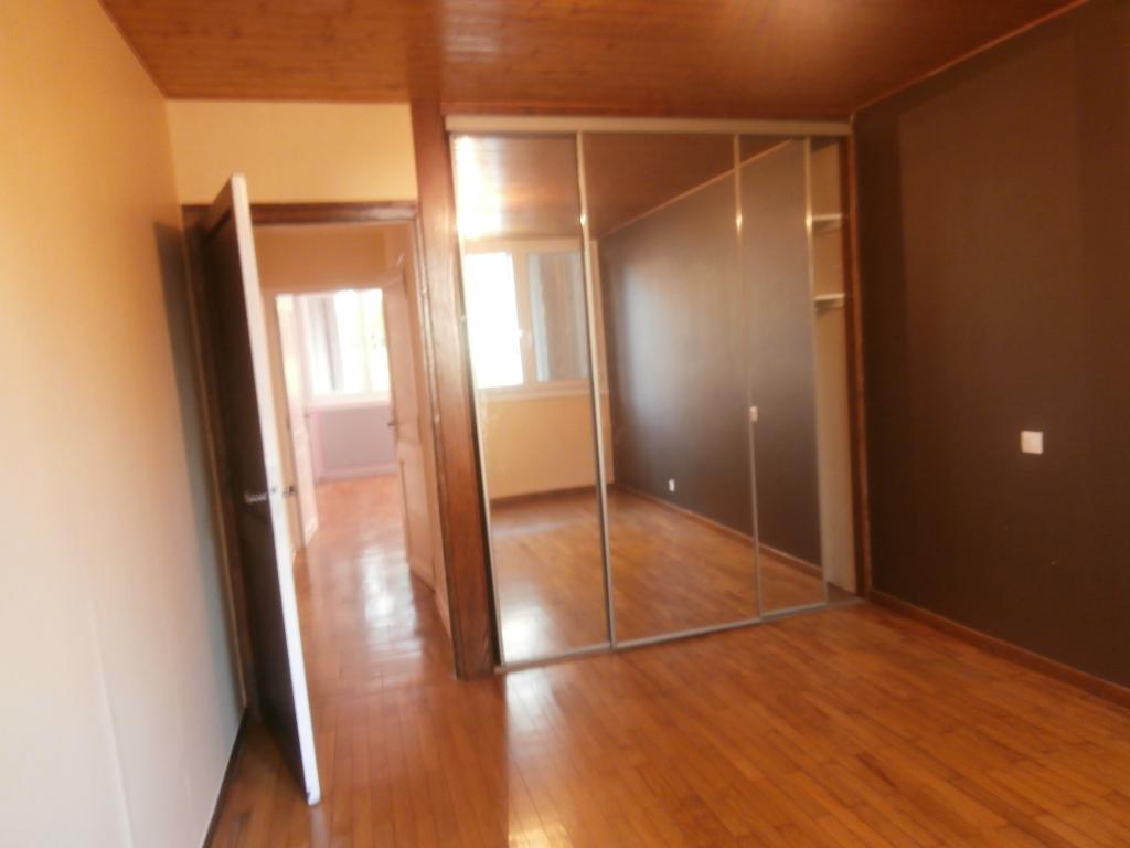 Location de particulier à particulier, appartement, de 65m² à Lyon 05