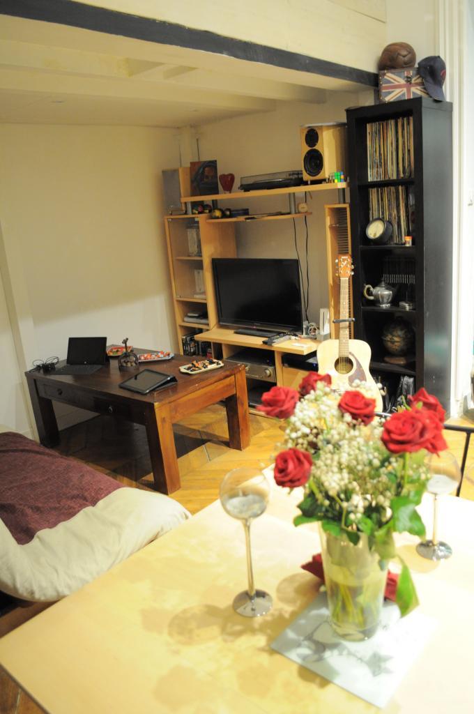 De particulier à particulier, studio, de 44m² à Paris 09