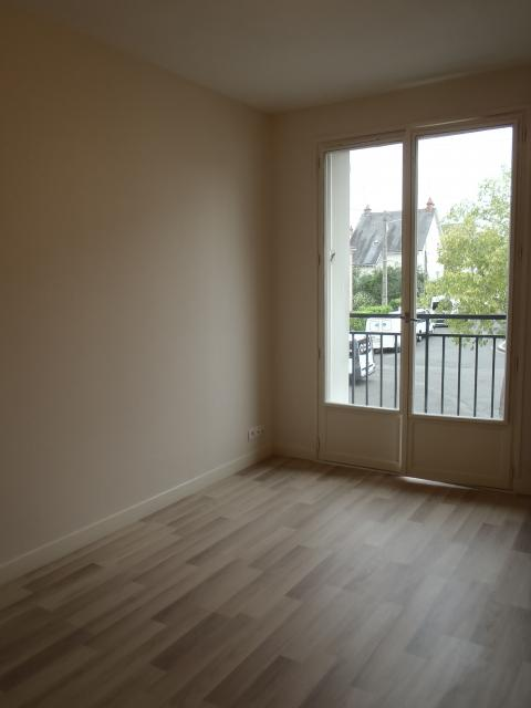 Location maison F4 Tours - Photo 4