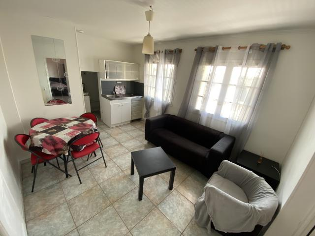 Location appartement T2 Les Clayes sous Bois - Photo 3