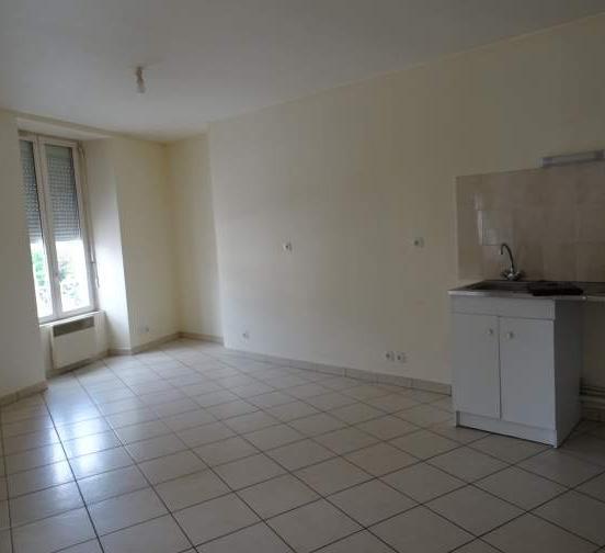 Appartement particulier, appartement, de 45m² à Saint-Hilaire-le-Lierru