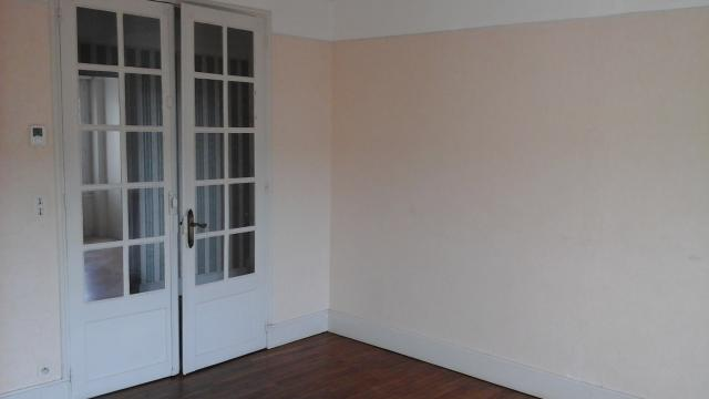 Location appartement T3 Bourges - Photo 1