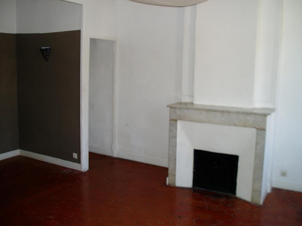 De particulier à particulier, appartement, de 55m² à Marseille 06