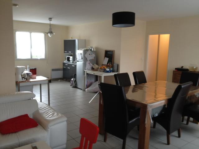 Location appartement T4 Port St Pere - Photo 2