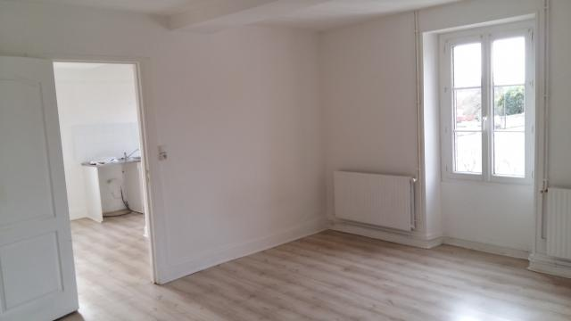 Location appartement T1 Migennes - Photo 1