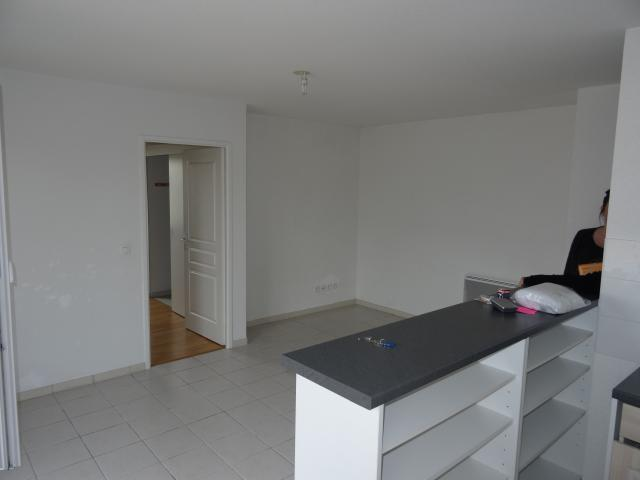 Location appartement T2 La Chaussee St Victor - Photo 2