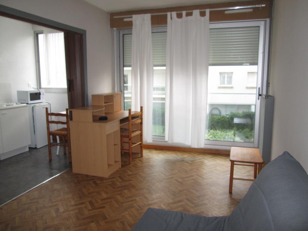 Location particulier à particulier, appartement, de 27m² à Rennes