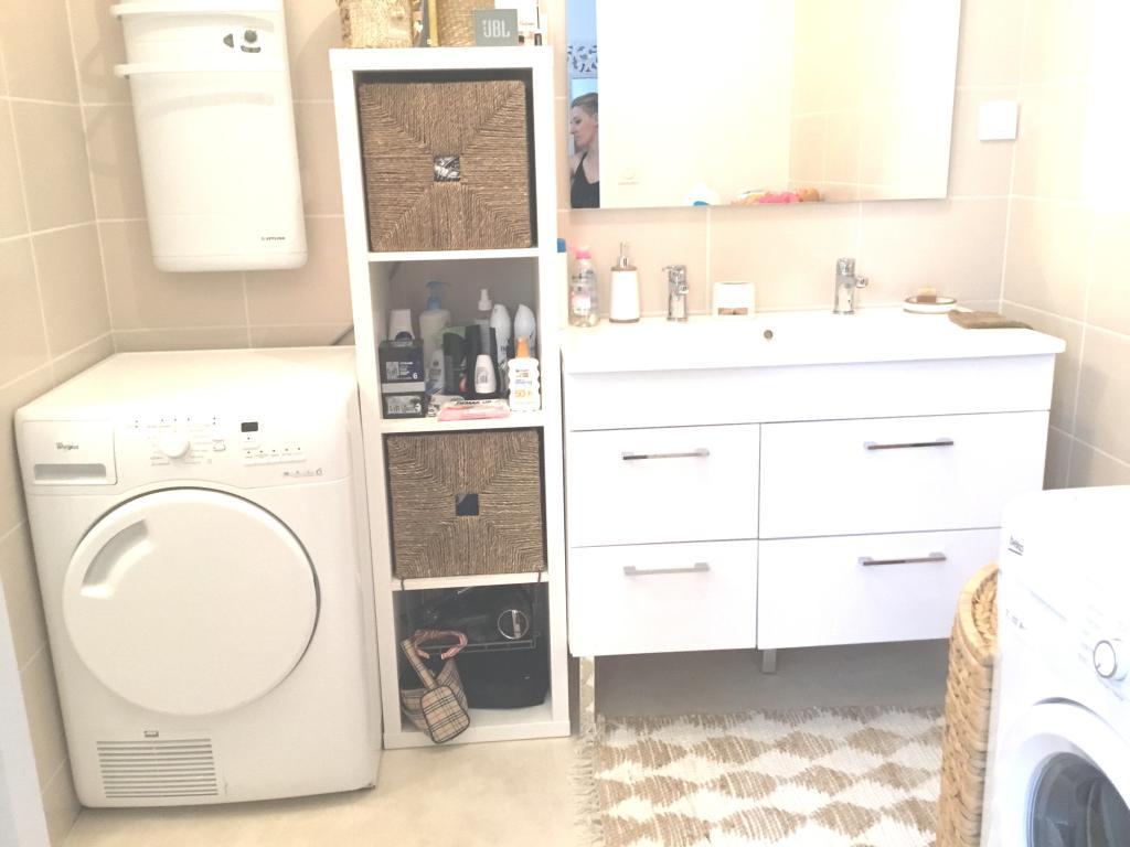 De particulier à particulier, appartement, de 54m² à Viviers-lès-Montagnes