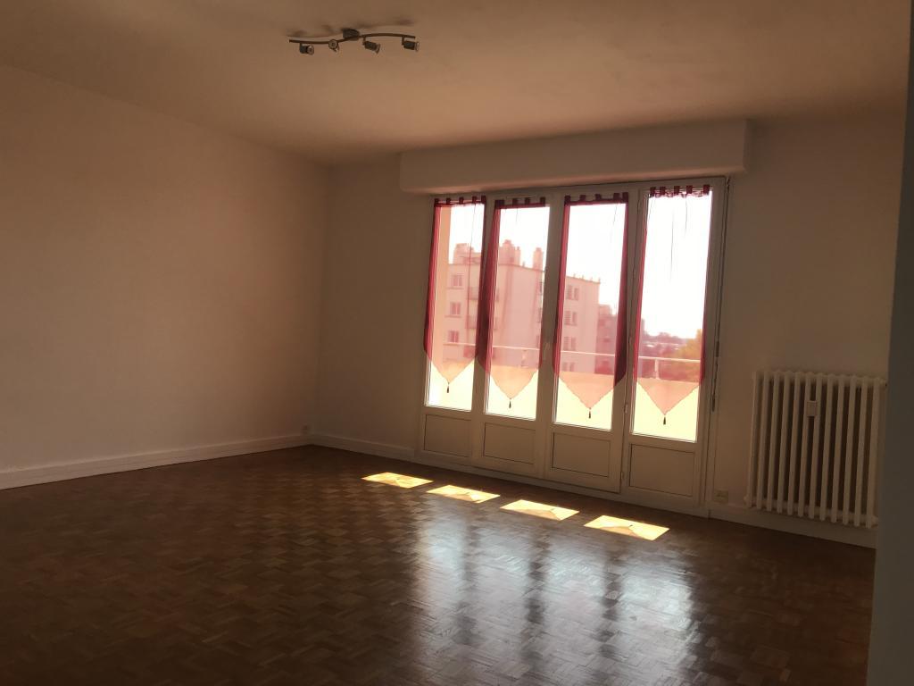 Particulier location, appartement, de 52m² à Saint-Sulpice-de-Pommeray