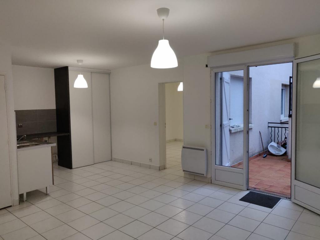 Location appartement entre particulier Vaux-le-Pénil, appartement de 42m²
