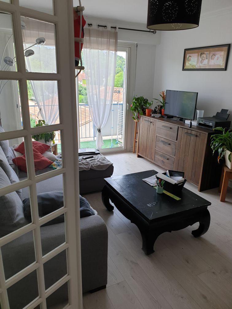 Location immobilière par particulier, Angoulême, type appartement, 66m²