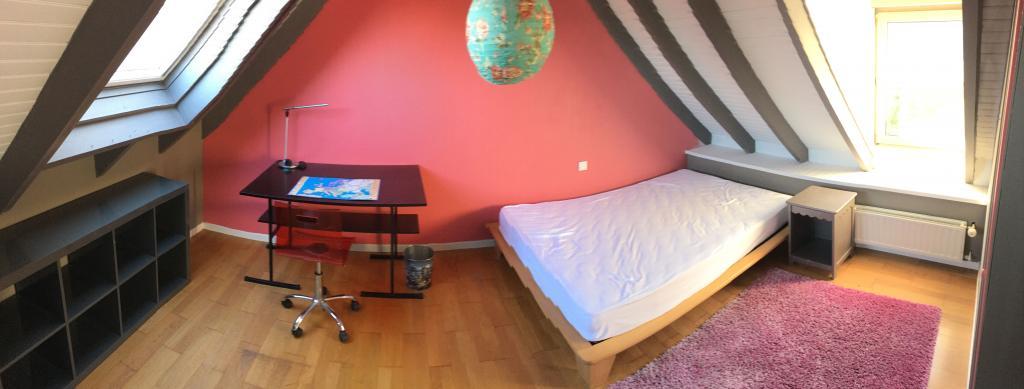 De particulier à particulier , chambre, de 18m² à Quimper