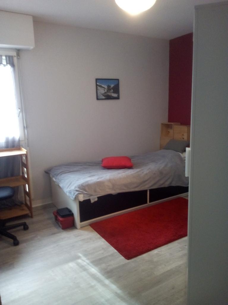De particulier à particulier Bordeaux, appartement chambre de 10m²