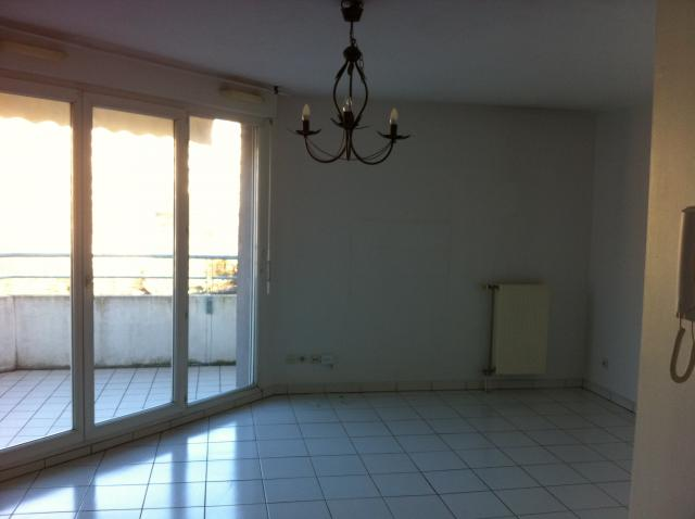 Location appartement T2 Echirolles - Photo 1