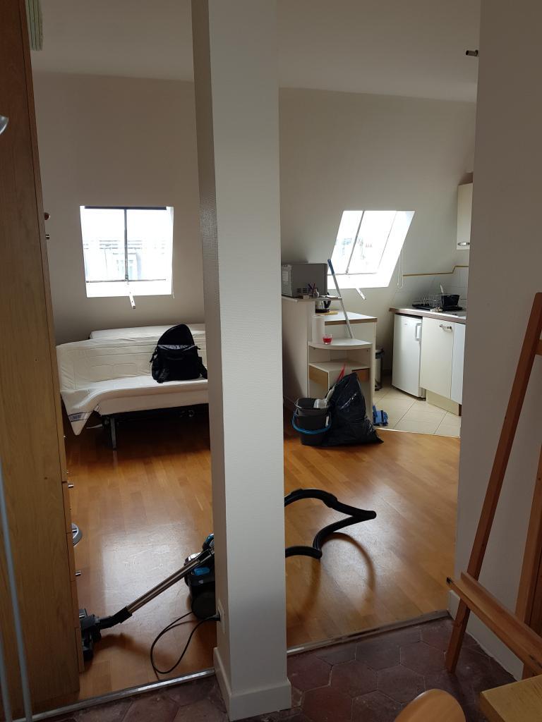 De particulier à particulier, studio à Paris 12, 15m²