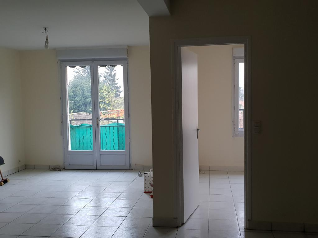 Location particulier à particulier, appartement, de 44m² à Vaux-le-Pénil