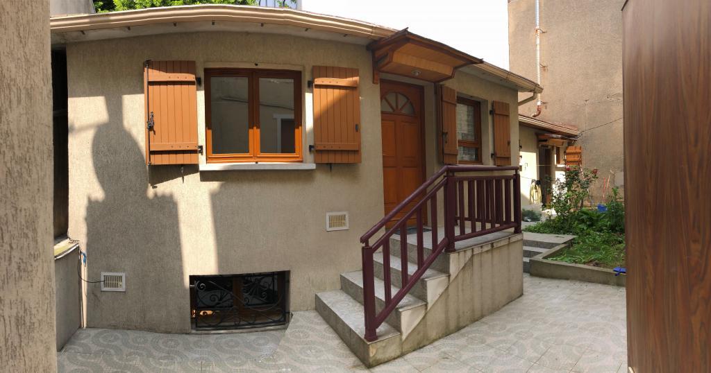 Appartement particulier à Ivry-sur-Seine, %type de 50m²