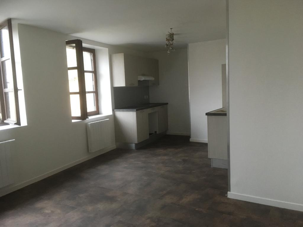 Entre particulier à Serpaize, appartement, de 47m² à Serpaize