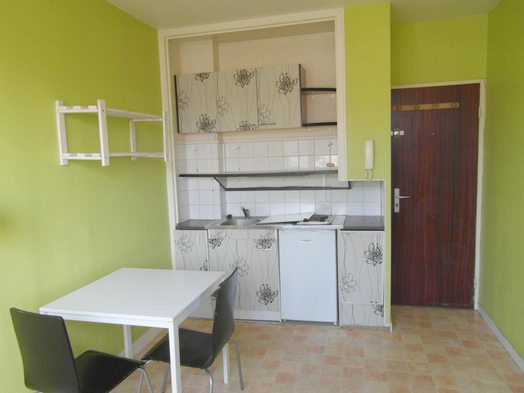 De particulier à particulier Orvault, appartement studio de 10m²