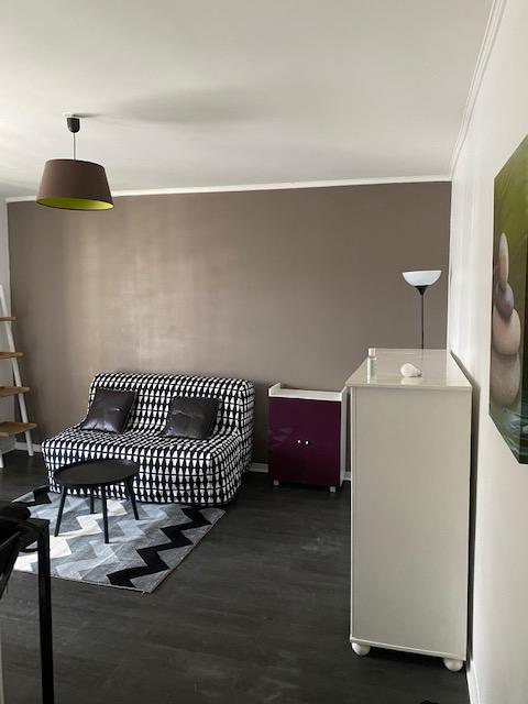 De particulier à particulier, studio à Tremblay-en-France, 25m²