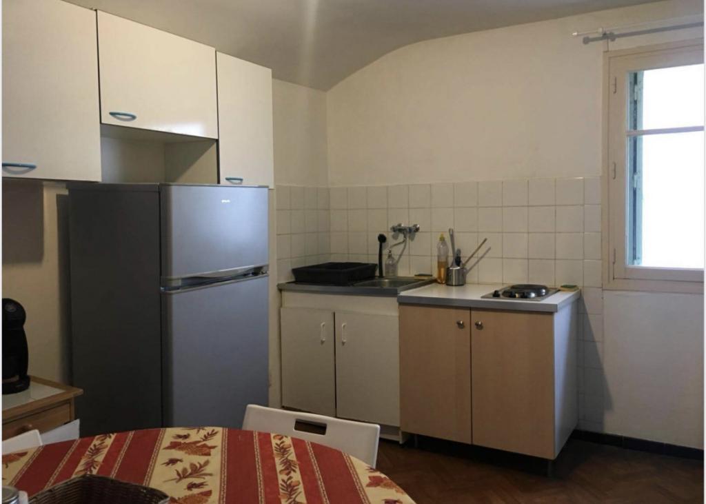 Location immobilière par particulier, Aubagne, type appartement, 32m²