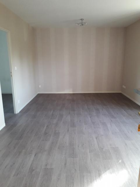 Location appartement T2 Martigne sur Mayenne - Photo 2