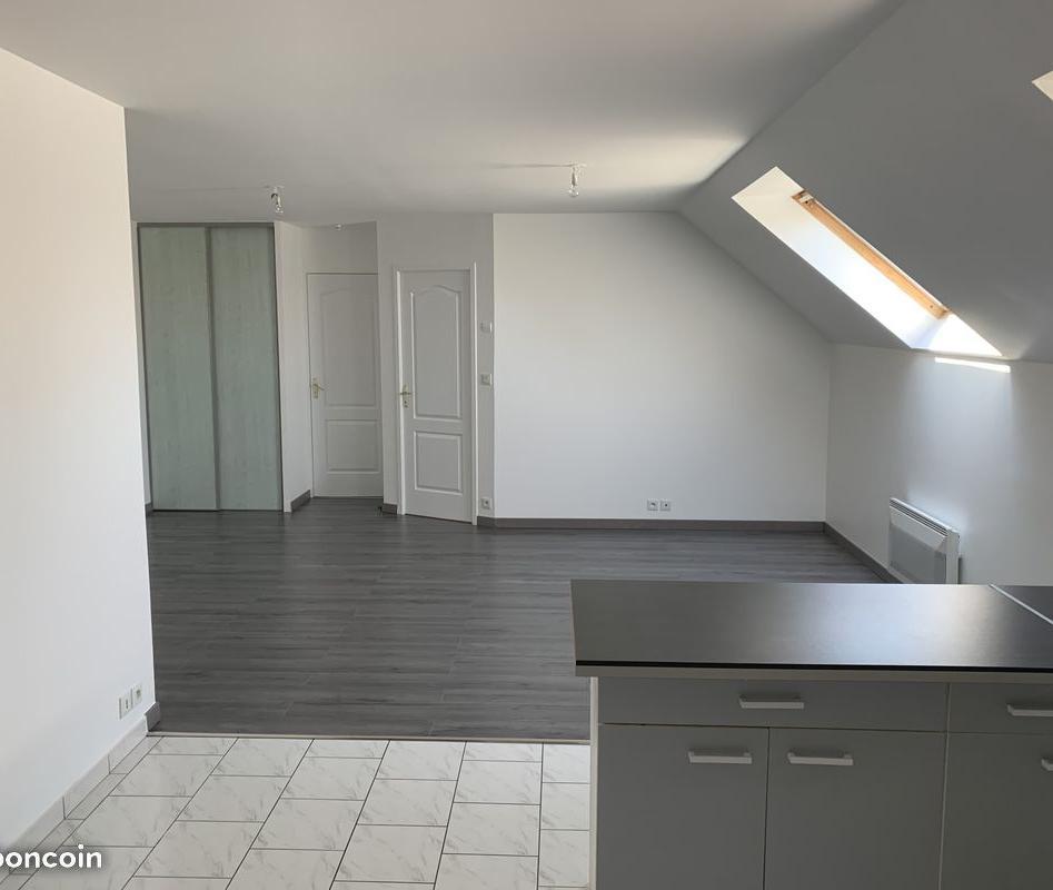 Location particulier à particulier, appartement, de 52m² à Vaux-le-Pénil