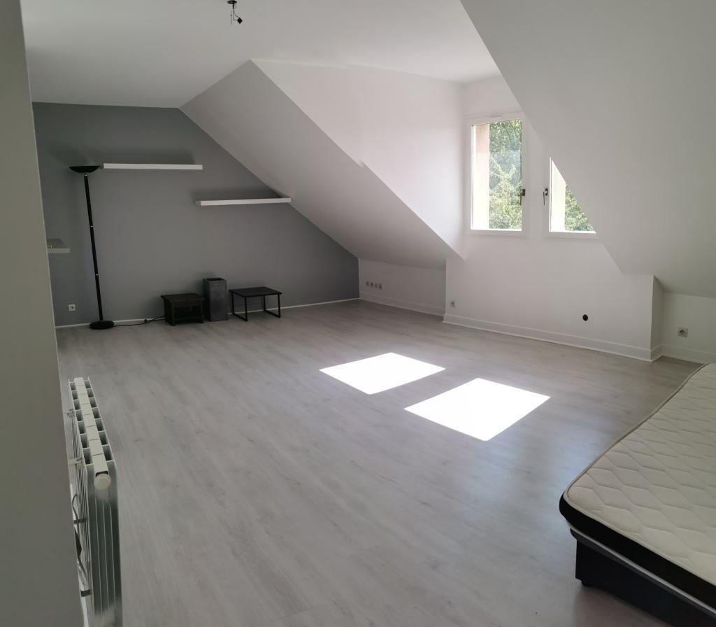 Location particulier à particulier, appartement, de 60m² à Courcouronnes
