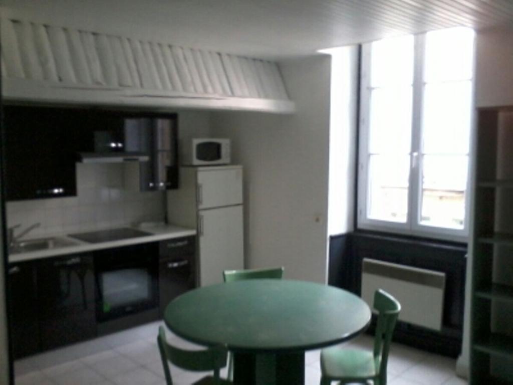 Location particulier, studio, de 21m² à Bourg-en-Bresse