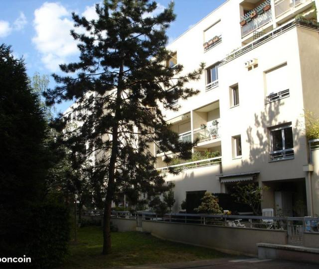 Location appartement T3 Courbevoie - Photo 1
