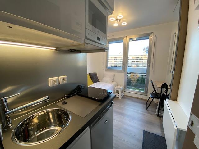 De particulier à particulier, chambre, de 9m² à Paris 16